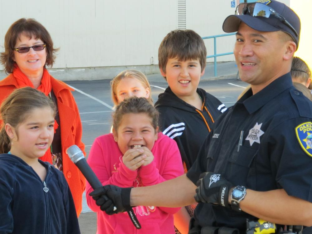 Officer asking kids questions