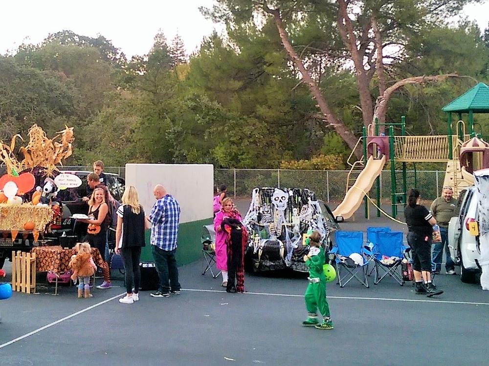 2015 JME Trunk or Treat trunk submissions impress with BIG impact!