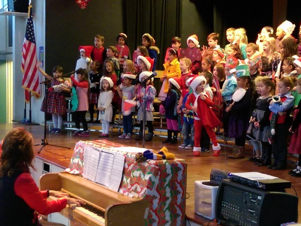 2015 Kindergarten Holiday Performance