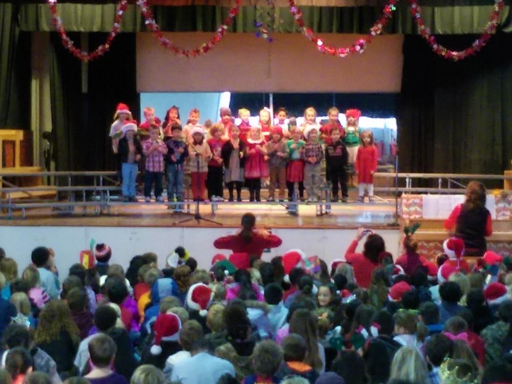 JME 2015 Kindergarten Holiday Concert.